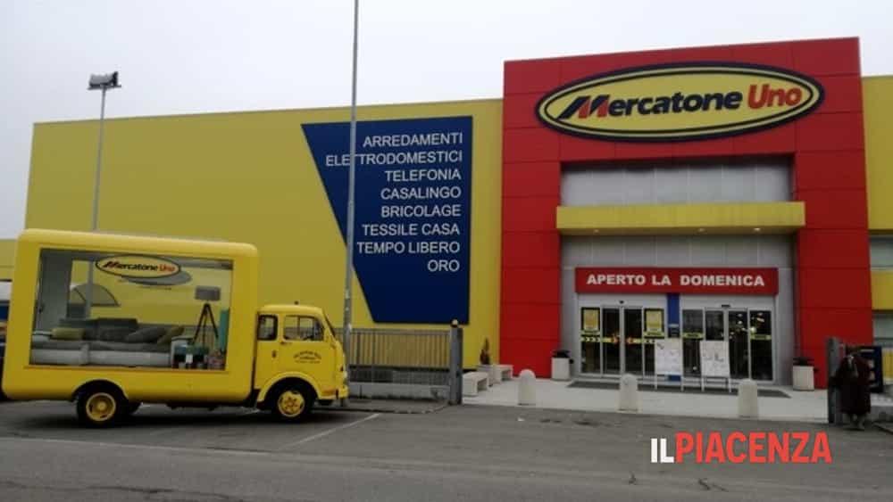 Mercatone Uno Arredo Esterno.Rinnova Days Il Mercatone Uno Rinnovato Va In Piazza A Rottofreno